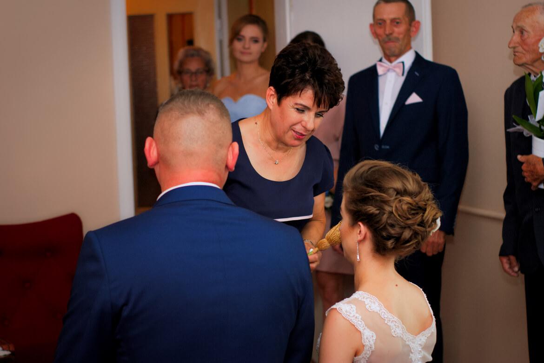 Fotografia Ślubna. Błogosławieństwo rodziców