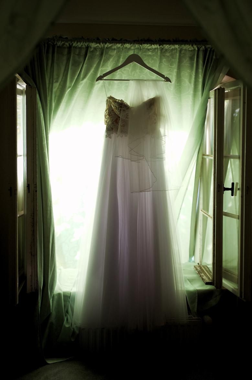 Ślub i wesele w Wąsowie. Suknia Panny Młodej